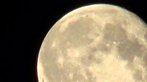 Сегодня ночью взойдет самая ярка Луна за 2018 год