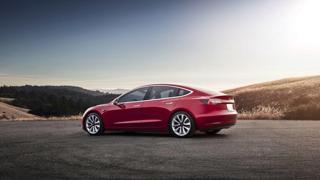 Илон Маск планирует создать новый уникальный автомобиль