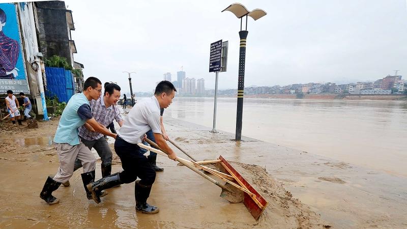 В Китае более 20 000 человек пострадали от сильных ливней