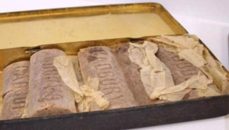 Во Франции продадут на аукционе столетний шоколад