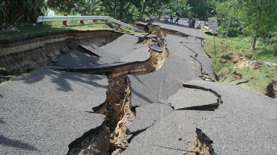 Юго-запад Китая сотрясло землетрясение силой в 5,9 балла