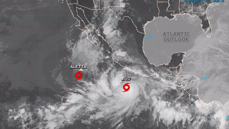 Стартовал сезон ураганов: в Тихом океане бушуют «Алетта» и «Бад»