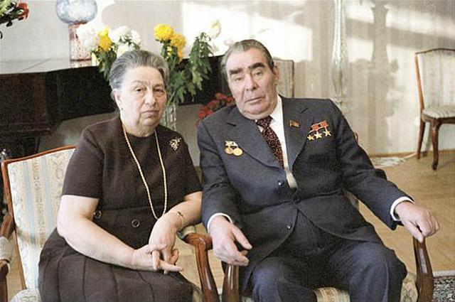 Что стало с женами Хрущева, Брежнева, Андропова и Медведева после отставки мужей