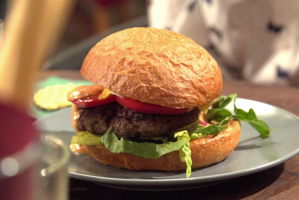 Эти блюда в ресторанах лучше не заказывать: шеф-повара раскрыли секрет