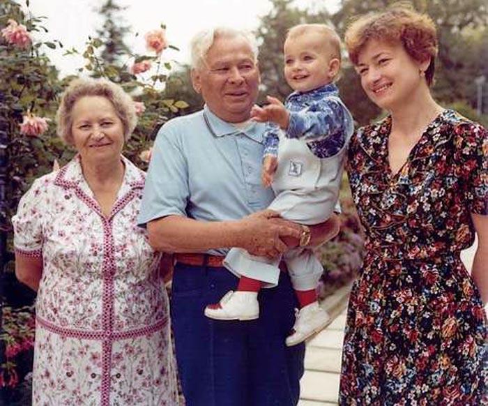 Любовные похождения Черненко: что себе позволял самый странный генсек