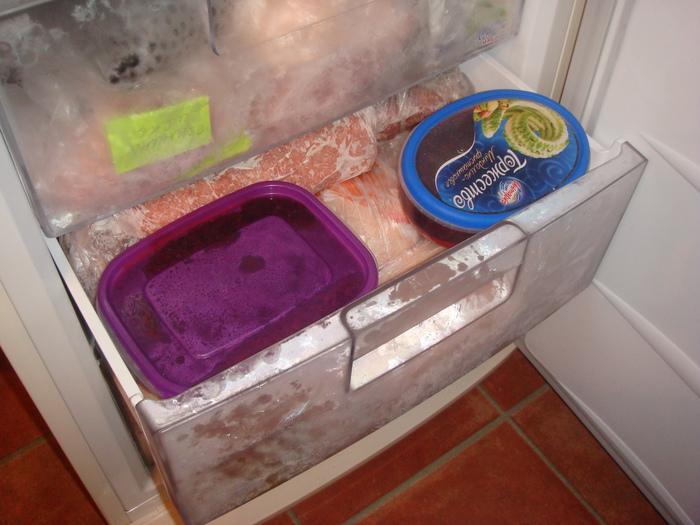 Эти продукты ни в коем случае нельзя замораживать, а все продолжают это делать