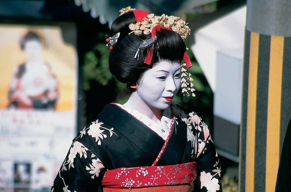 Нескромные факты из жизни самой «дорогой» гейши в мире