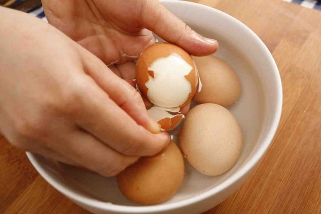 Поспорим, вы ни разу не варили яйца правильно? И вот почему