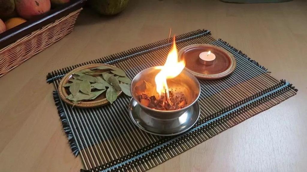 Что произойдет, если поджечь лавровый лист у себя дома: это стоит знать