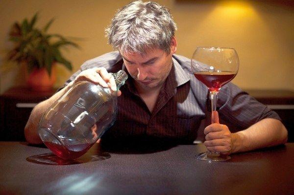 Как правильно пить и не пьянеть: секретный метод КГБ